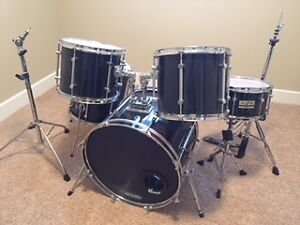 Custom Skinned Sonor FORCE 1000 Drums W/accessories