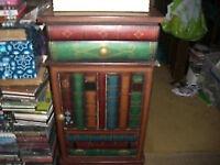 bedside table / cabinet - clacton on sea - co156aj Clacton-on-Sea