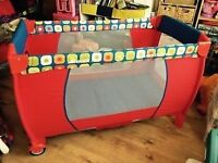 Travel cot - Hauck babycentre travel cot