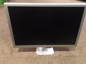 "Apple cinema display A1082 23"" monitor"