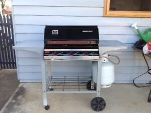 3 burner BBQ with gas bottle and cover Bendigo Bendigo City Preview