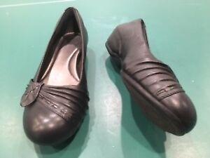 Aravon Women Leather Shoes