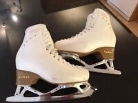 Edea Chorus Leather Ice Skates Size 2 (230)