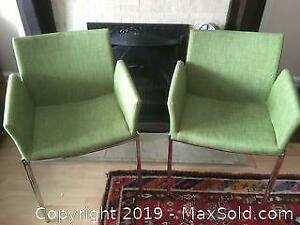 Set of 2 Structube Armchairs