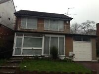 LOVELY 3 BEDROOM HOUSE AVAILABLE IN RENTERS AVENUE, HENDON, NW4 3RD