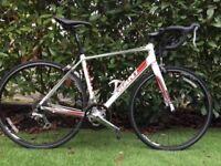 Racing bike Giant Defy 4