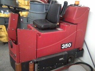Tomcat 350 series 48 scrubber