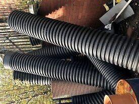 Black Ribbed Pipes