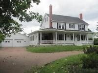Beautiful Country Home or B&B! ~ 72 du Couvent, Bouctouche