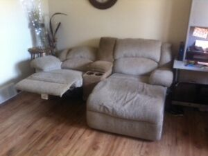Recliner and Chaise Combo Sarnia Sarnia Area image 2