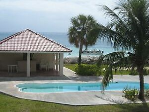 BEAUTIFUL OCEAN FRONT TOWNHOME ON A GORGEOUS WHITE SAND BEACH