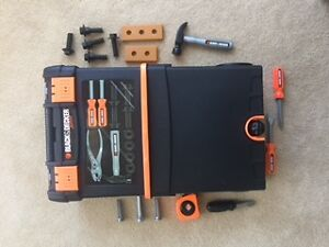 *Kids love this! Toy tool rolling case +21 tools ~Black & Decker
