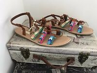 TAN / MULTICOLOURED FLAT SANDALS / SHOES SIZE 6