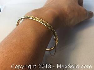 Ladies Hinged 14K Bracelet