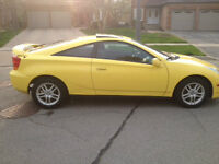 2002 Yellow Toyota Celica - Perfect Condition,5-Speed,No Rust