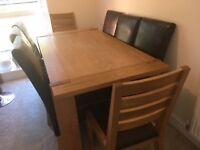 8 seater solid oak table - immaculate condition with 6 FREE leather chairs