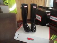 Hunters high gloss black wellies
