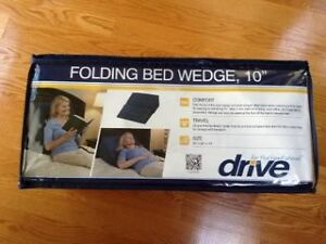 DRIVE Folding bed wedge, 10 inch