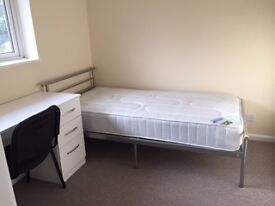 FRESHLY RENOVATED FULLY FURNISHED SINGLE ROOM IN SHARED HOUSE WITH ALLOCATED PARKING