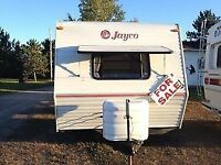 **Beautiful 30FT Jayco Trailer** **MUST SEE**