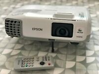 EPSON EB X20 projector in perfect order