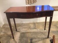 Reproduction Really Nice Mahogany Hall /Console Table with one drawer.