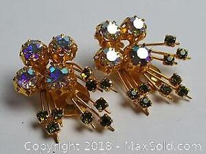 Clip earrings With Aurora Borealis and Green Crystal Design