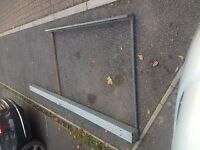 Pipe box roof rack ladder roller