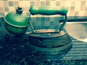 Coleman 4A Antique Steam Iron