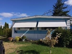 New certified 1976 Double wide mobile home. Excellent condition.
