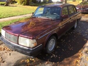1993 Volvo 240 Sedan-Great Condition!