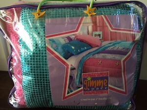 GIRLS SINGLE COMFORTER WITH MATCHING PILLOW SHAM