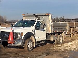 2017 Ford 450 4x4  with Dump box ( Aluminum box)