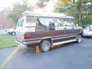 1988 GMC Vandura WITH WHEELS TRANS EQUIPPED FOR HANDICAP