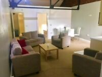 luxury 1 bed fully furn apt including gas, elec, water & wifi bills, great location close to shops