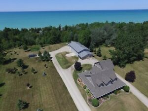 Custom Home and Workshop For Sale near Kincardine / Port Elgin,