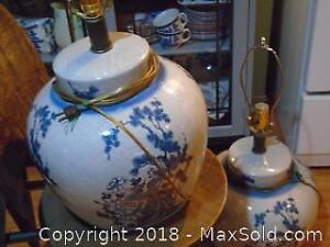 Antique Chinese Blue & White Table Lamp B