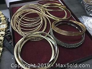 Lot Of 25 Gold Tone Metal Ladies Bracelets