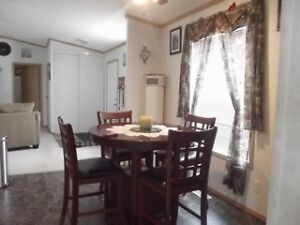 Counter Height Table & Chair Set