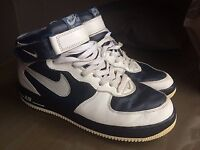 Nike Air Force 1 High. Size 8.