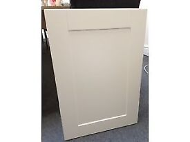 Brand new ivory shaker style cupboard and drawer fronts