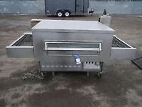 """GAS MIDDLEBY MARSHALL 32"""" PIZZA CONVEYOR BELT OVEN CATERING COMMERCIAL FAST FOOD RESTAURANT KITCHEN"""