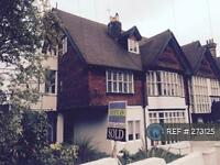 1 bedroom flat in Pevensey Road, St. Leonards , TN38 (1 bed)