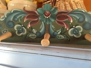 Assorted Wood Crafts/Decorative Painting/Seasonal Crafts Windsor Region Ontario image 3