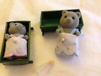 Sylvanian Families Grey Bear baby figures