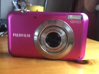 Digital Camera (Fujifilm Finepix JV110) in pink