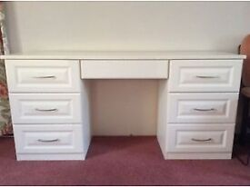 Very Large Cream Dressing Table, 3 Way Mirror and Padded Stool