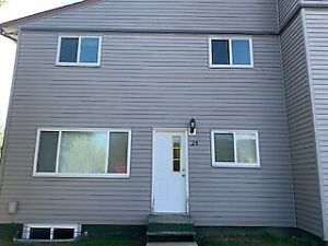Great, updated 3 bedroom 1 bath townhouse in Mackenzie BC!