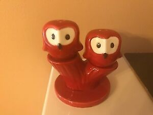 Red Pic and Nic Owl Salt and Pepper shakers
