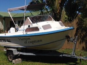 Make your ofer! Fibre glass Boat half cabin 16ft with 70Hp Johnson Bentley Park Cairns City Preview